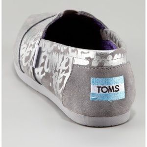 Toms Shoes - TOMS/A NEIMAN MARCUS EXCLUSIVE BE THE CHANGE SZ:7